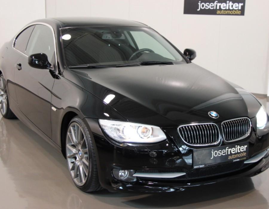 BMW 330d Coupe Automatik/ 19″ LM