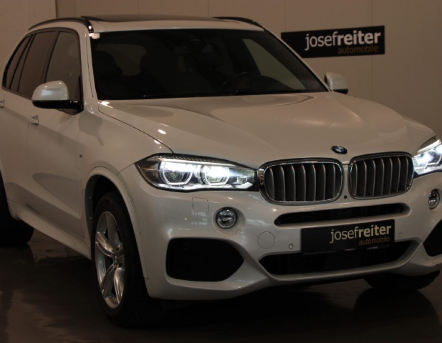 BMW X5 xDrive 40d Österreich-Paket Aut./M-PAKET/Glasd/ACC